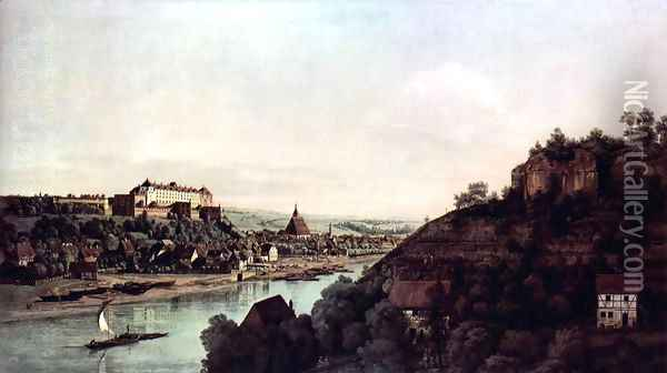 View from Pirna, Pirna of the vineyards at Posta, with Fortress Sonnenstein Oil Painting - Bernardo Bellotto
