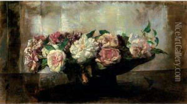 Roses In A Shallow Bowl Oil Painting - John La Farge
