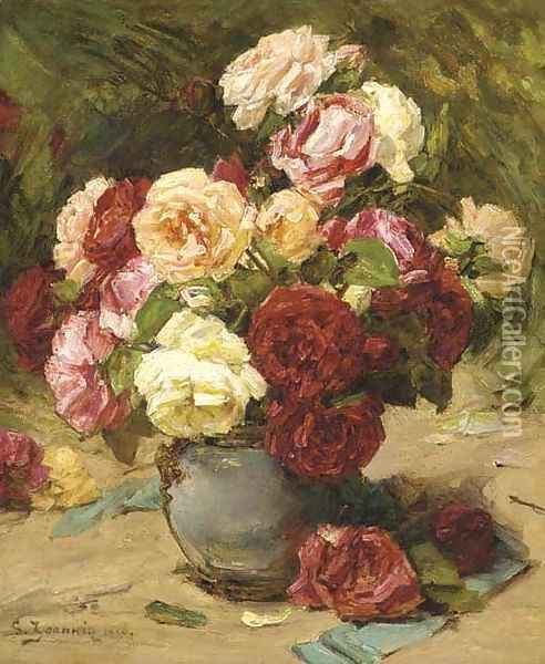 Summer roses in a vase Oil Painting - Georges Jeannin