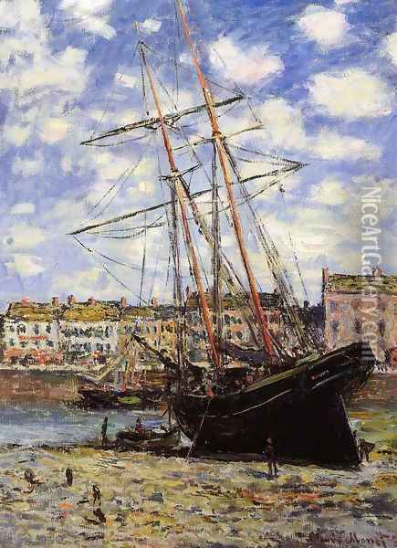 Boat At Low Tide At Fecamp Oil Painting - Claude Oscar Monet