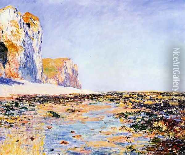 Beach And Cliffs At Pourville Morning Effect Oil Painting - Claude Oscar Monet