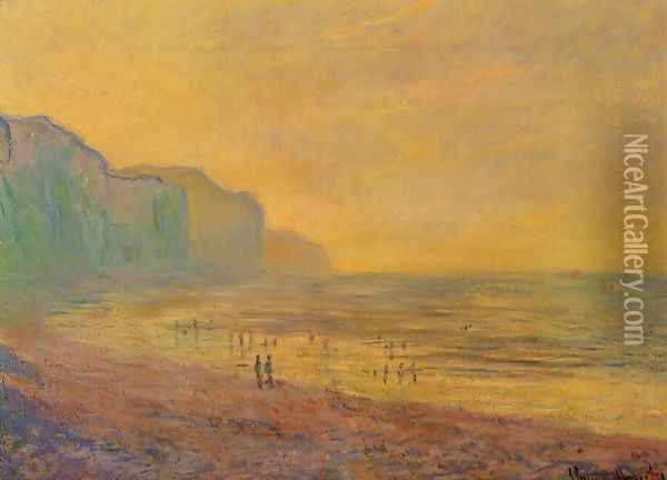 Low Tide At Pourville Misty Weather Oil Painting - Claude Oscar Monet