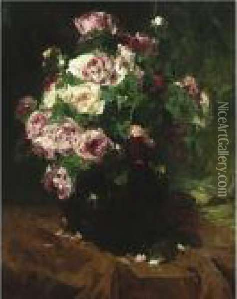 Still Life With Roses Oil Painting - Georges Jeannin