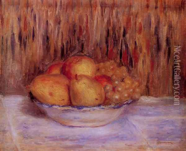 Still Life With Peaches And Grapes Oil Painting - Pierre Auguste Renoir