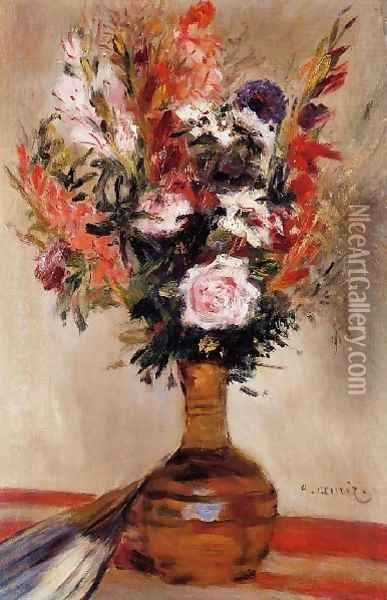 Roses In A Vase6 Oil Painting - Pierre Auguste Renoir