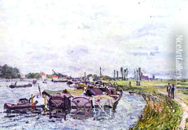 Freight punts with Saint Mammès Oil Painting - Alfred Sisley