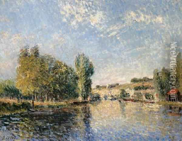 Le Loing A Moret Oil Painting - Alfred Sisley